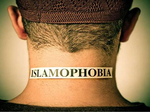 Islamophobia_image-6a5b9293facb75e9a157e79d87f52726-