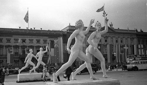 Olympics_in_berlin_1936-