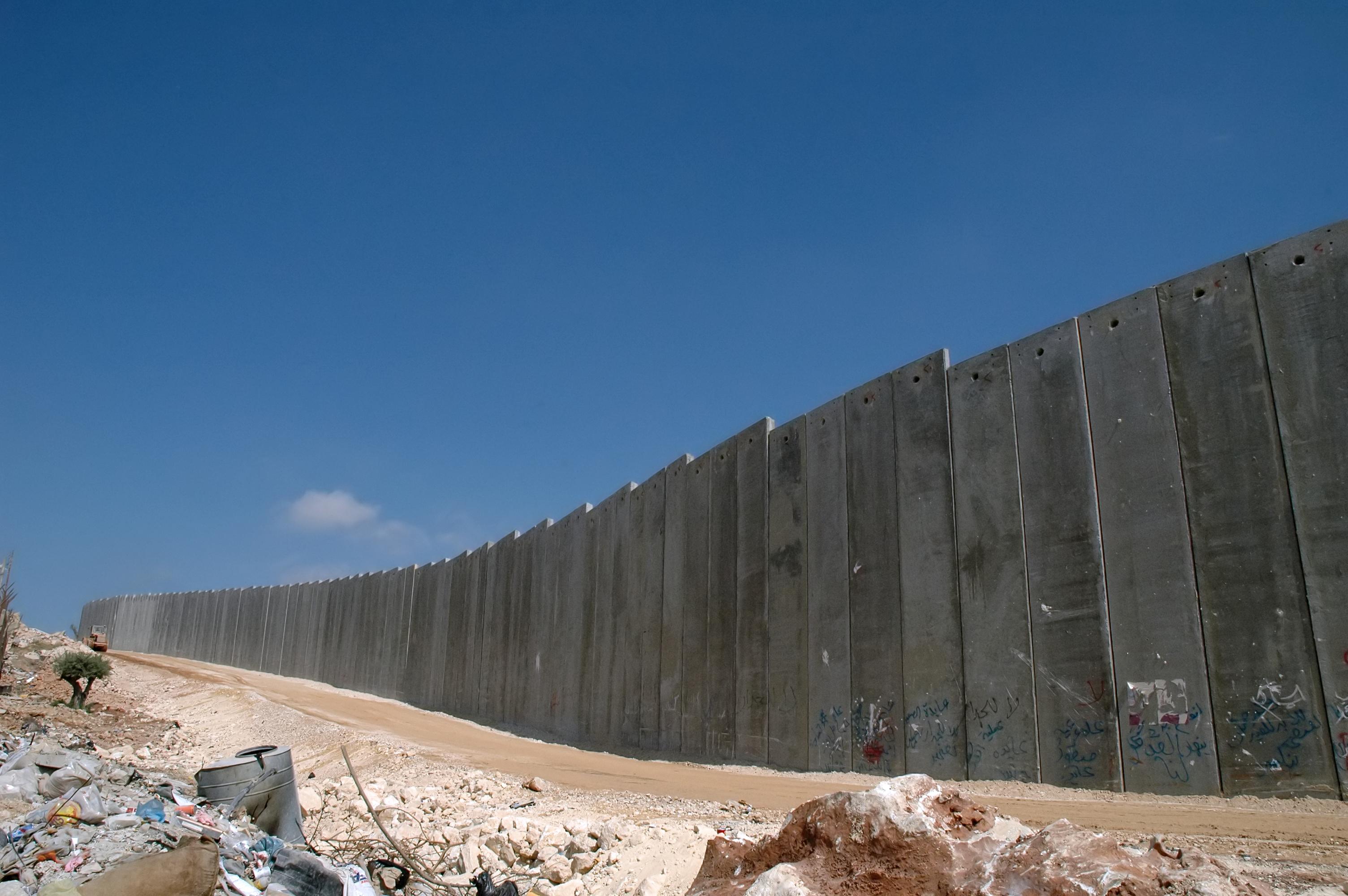 Wall-fb2855f9cd81207b49b32463e384e543-