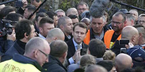 Macron-whilrpool-